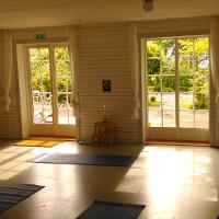 Yoga Säbyholmsgård Carina Holgersson
