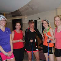 Anette, Mia, Cicci, Nina och Lina är laddade inför stavgången